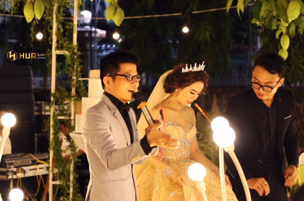 MC tiệc cưới
